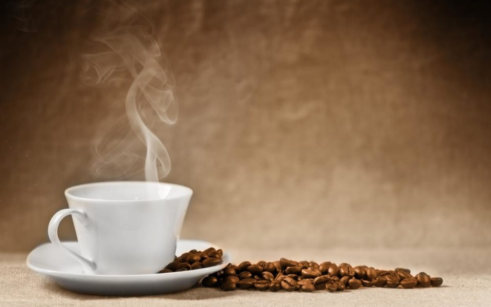 https://www.zavodrajem.cz/wp-content/uploads/2016/08/cafea-960x600_c.jpg